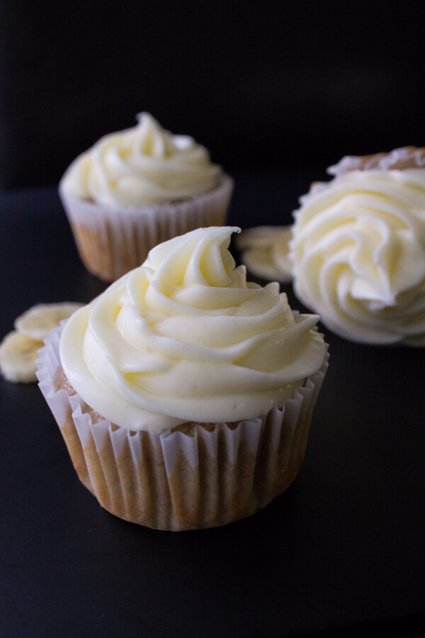 Banana Cupcakes with Cream Cheese Frosting. Light, fluffy, super moist ...