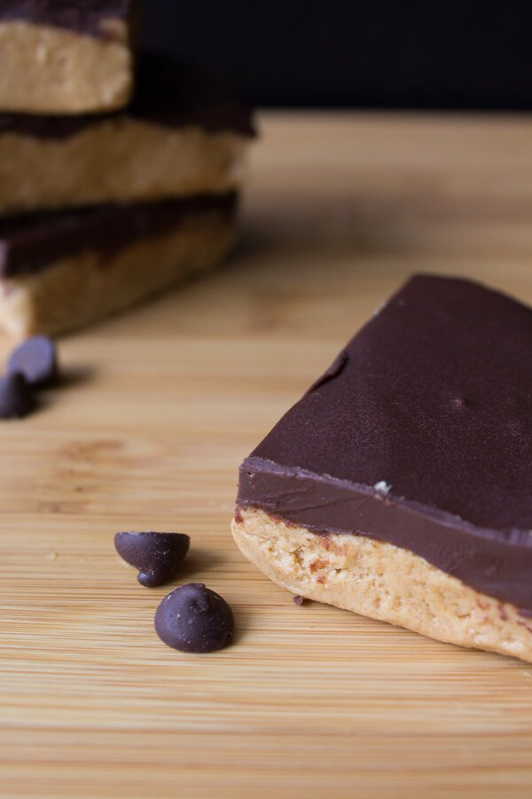 Chocolate Peanut Butter Bars - Make your own peanut butter cups with this easy recipe | www.justsotasty.com