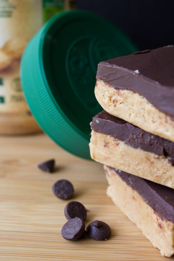 No-Bake Chocolate Peanut Butter Bars. A home made version of your favorite peanut butter cups. With only 5 ingredients - they're perfect for any peanut butter lover! www.justsotasty.com