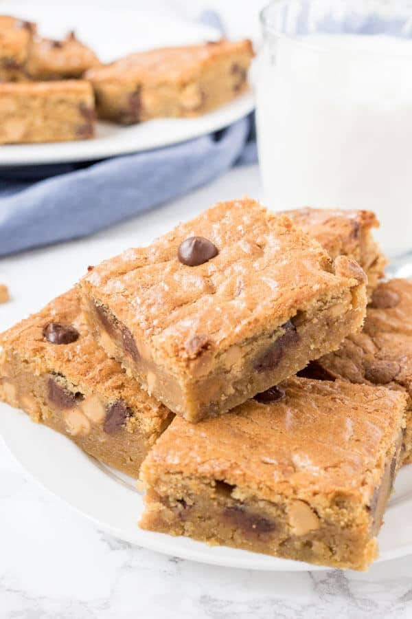 Soft and chewy Peanut Butter Blondies have a delicious peanut butter flavor and plenty of peanut butter chips