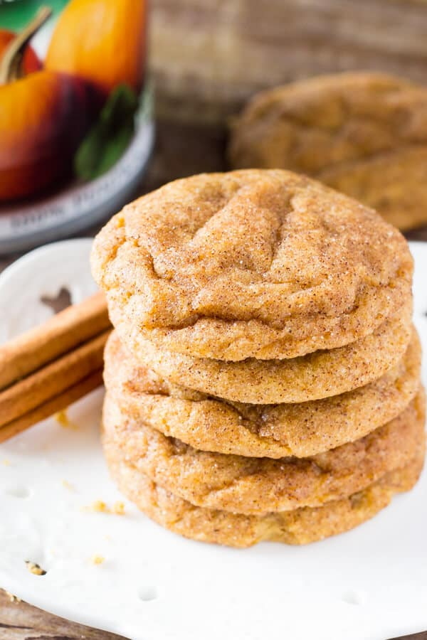 These Pumpkin Spice Cookies are super soft & chewy and filled with fall flavors. These are the PERFECT cookies for fall!