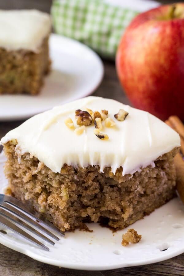 Apple Cinnamon Spice Cake Recipe