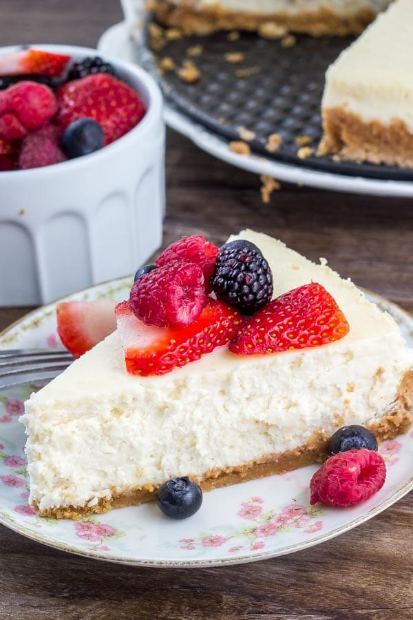 The ultimate New York cheesecake recipe - smooth, creamy, rich and decadent without ever being too heavy. Learn all the tricks.
