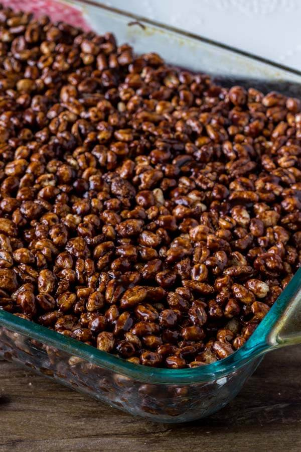 Puffed wheat squares recipe - chewy, a little gooey, a little sticky and full of chocolate.