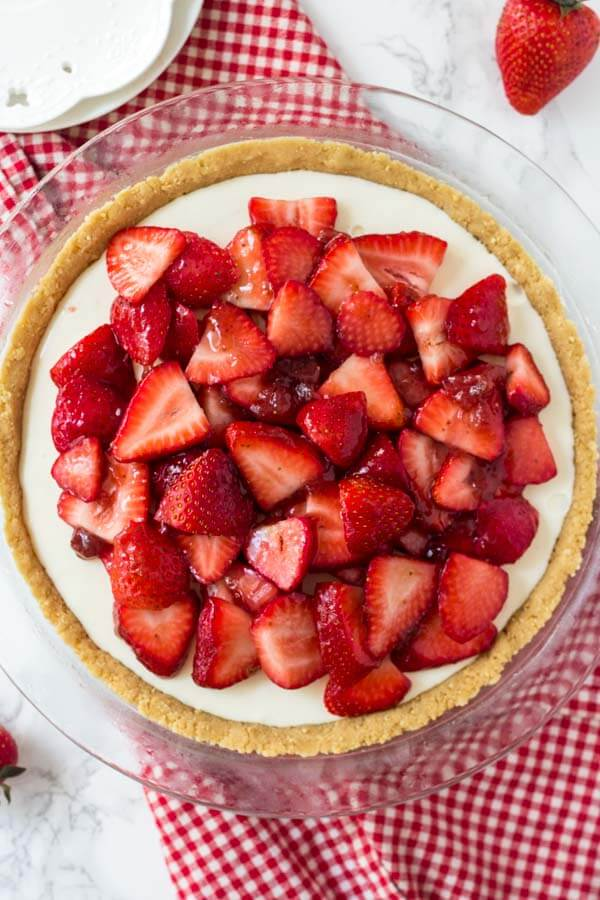 Cream Cheese Strawberry Pie is an easy, no bake pie that's perfect for summer. You'll love the creamy filling and fresh berries.