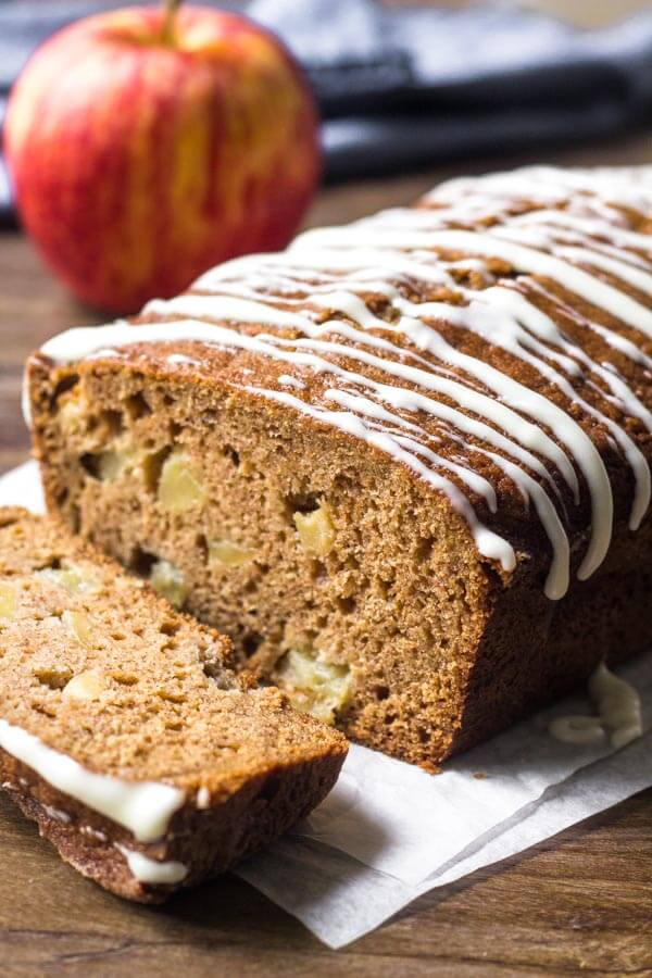 This incredible apple bread is filled with brown sugar, cinnamon & plenty of apples. Fill your kitchen with delicious apple cinnamon goodness by making this applesauce bread!