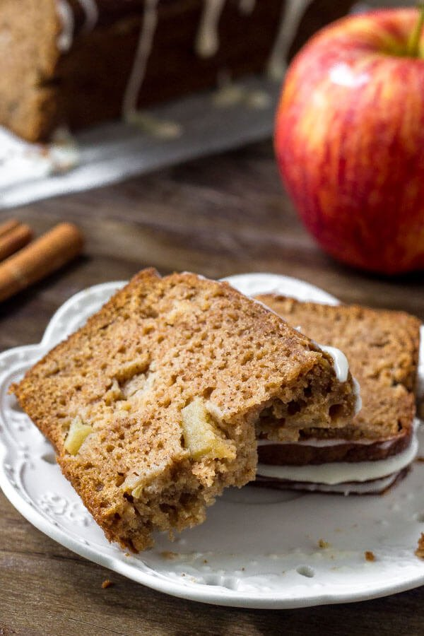 Apple spice bread - an easy apple bread recipe that's packed with cinnamon, brown sugar & apples.