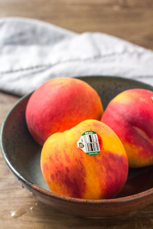 Start with juicy, fresh peaches for making these peach pie crumble bars