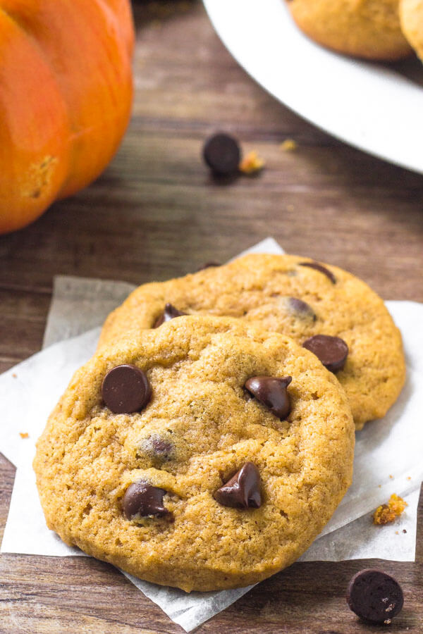 Pumpkin chocolate chip cookie recipe - these are soft, chewy & filled with pumpkin spice.