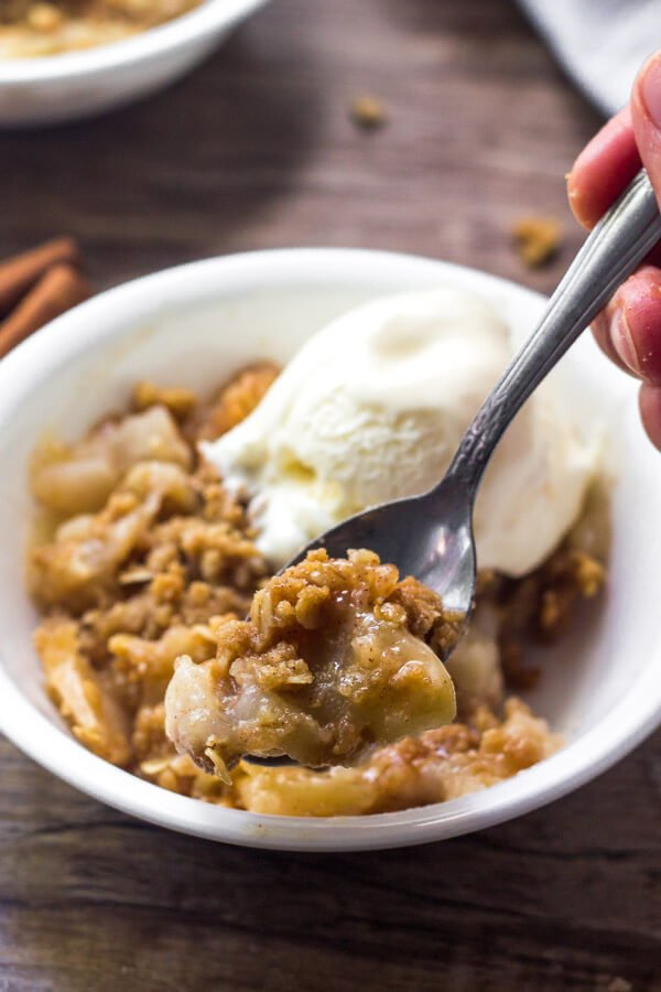 Apple crisp recipe is so easy to make and filled with delicious cinnamon apples.