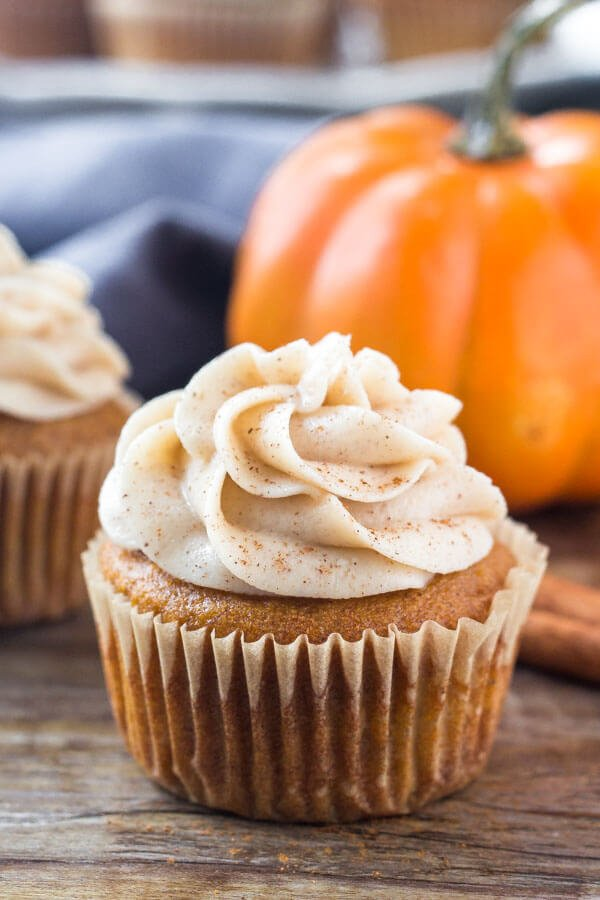 These Pumpkin Cupcakes With Cinnamon Cream Cheese Frosting Are The Only Cupcake Recipe You Need