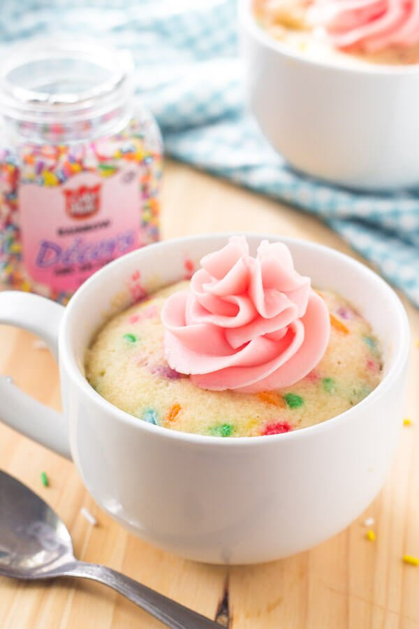 Vanilla Mug Cake Moist Flavorful Cake That S Ready In Minutes