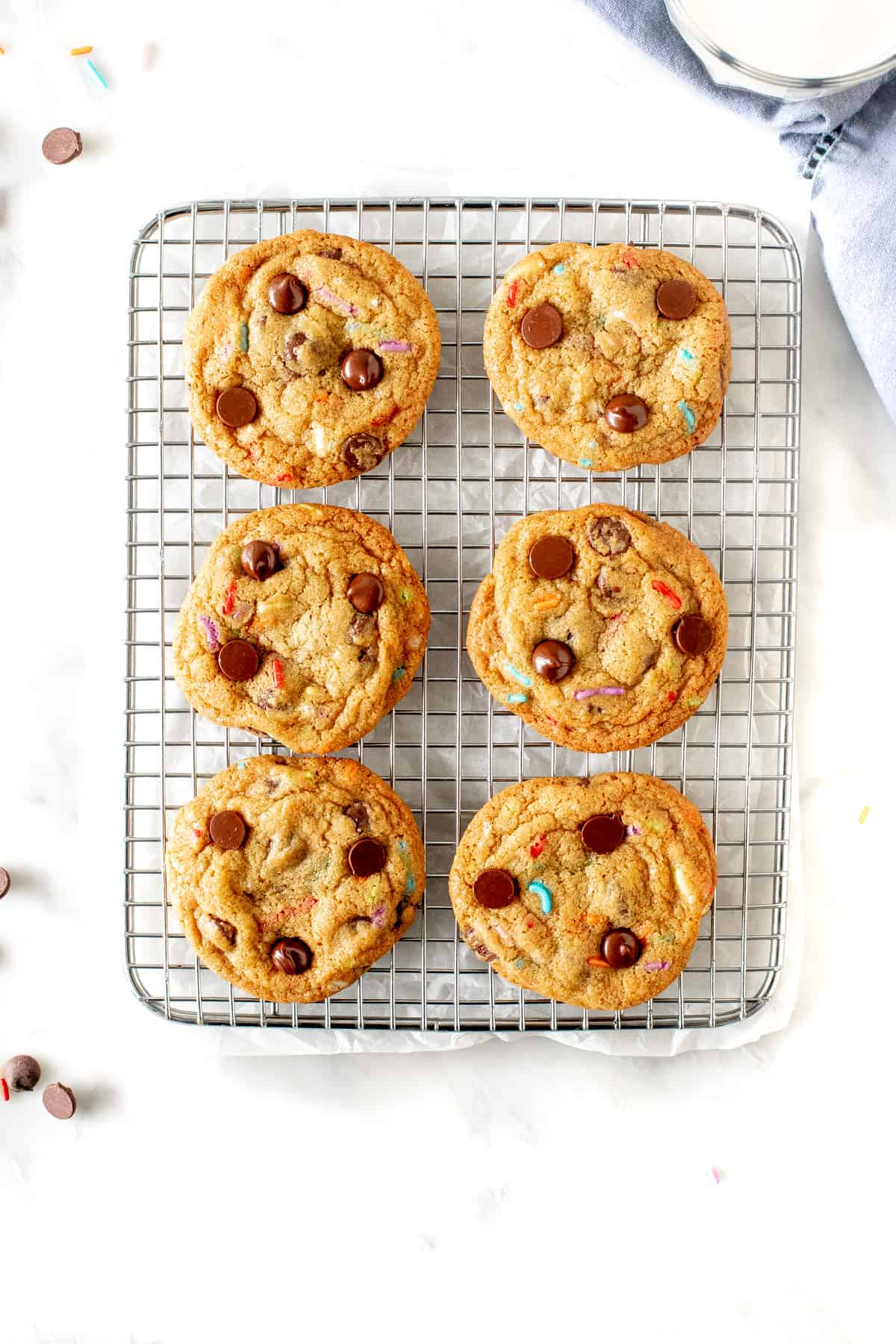 Cooling rack with 6 sprinkle chocolate chip cookies